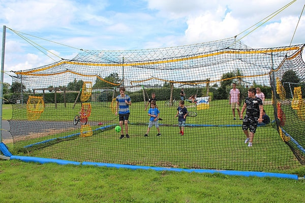 Homeball games campsite normandie