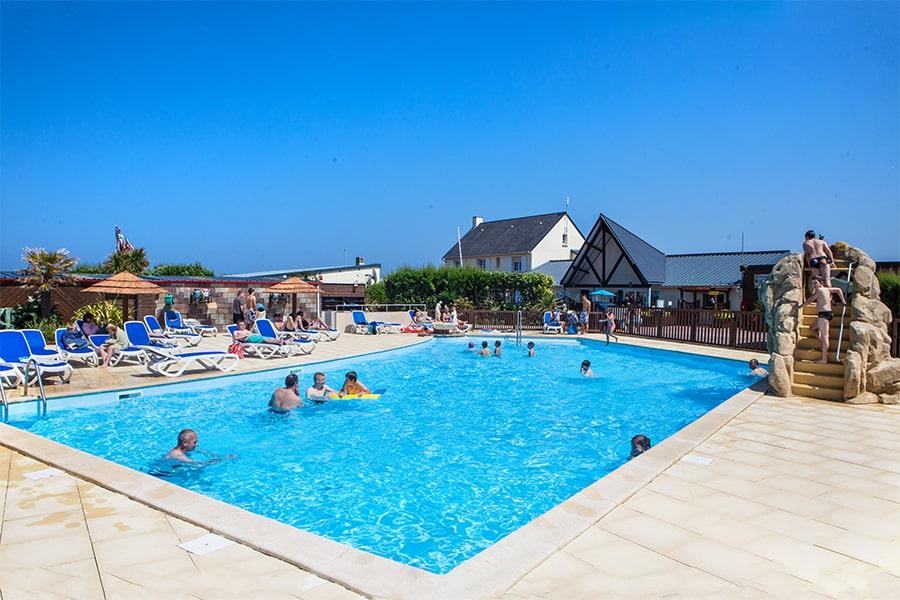 camping normandie piscine extérieure