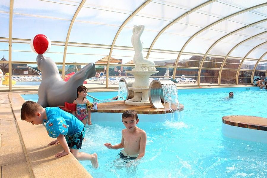 camping 5 étoiles piscine à bulles