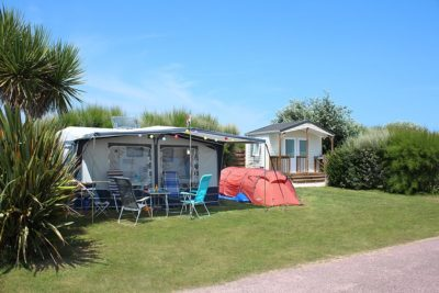 Emplacement camping avec sanitaire individuel normandie
